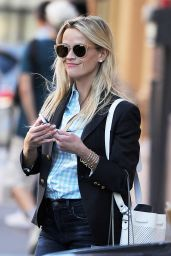 Reese Witherspoon Office Chic Outfit - Shopping in New York City 6/14/2016