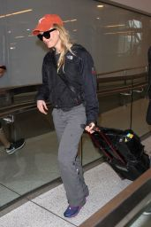 Renee Zellweger Travel Outfit - at LAX Airport in LA 6/14/2016