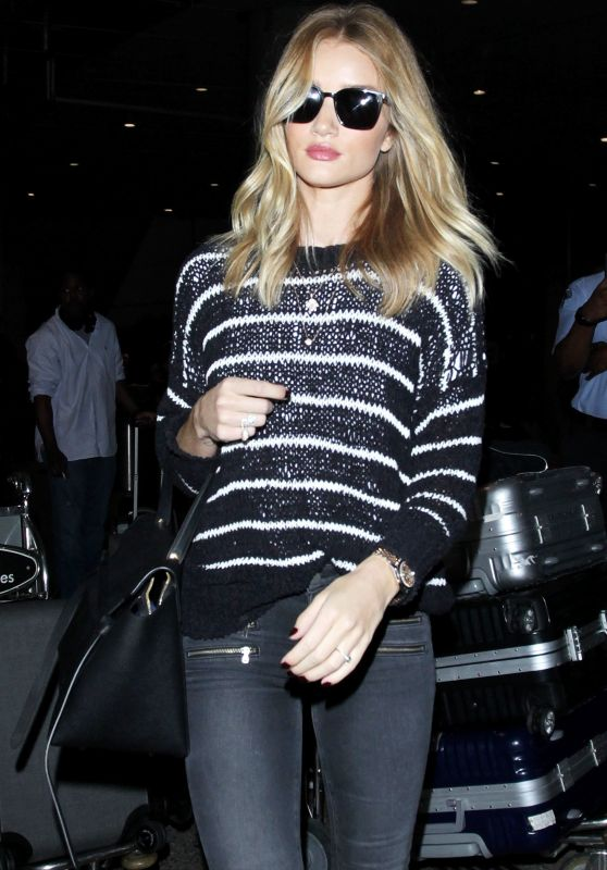 Rosie Huntington-Whiteley at LAX Airport in Los Angeles 6/22/2016