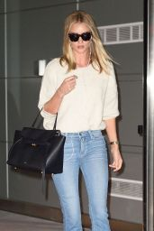 Rosie Huntington-Whiteley Casual Style - Arriving in the Big Apple in New York 6/5/2016