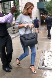 Rosie Huntington-Whiteley Casual Style - Leaving Her Hotel in NYC 6/8/2016