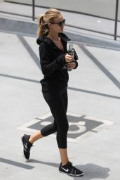 Rosie Huntington-Whiteley - Leaving a Gym in Los Angeles 6/9/2016