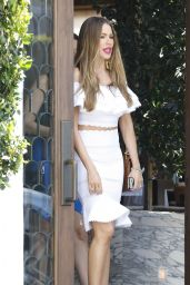 Sofia Vergara Chic Outfit - at Cecconi