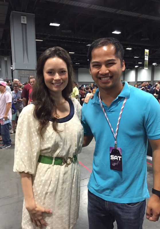 Summer Glau - Photo Op at Awesome Con, Washington DC 6/4/2016