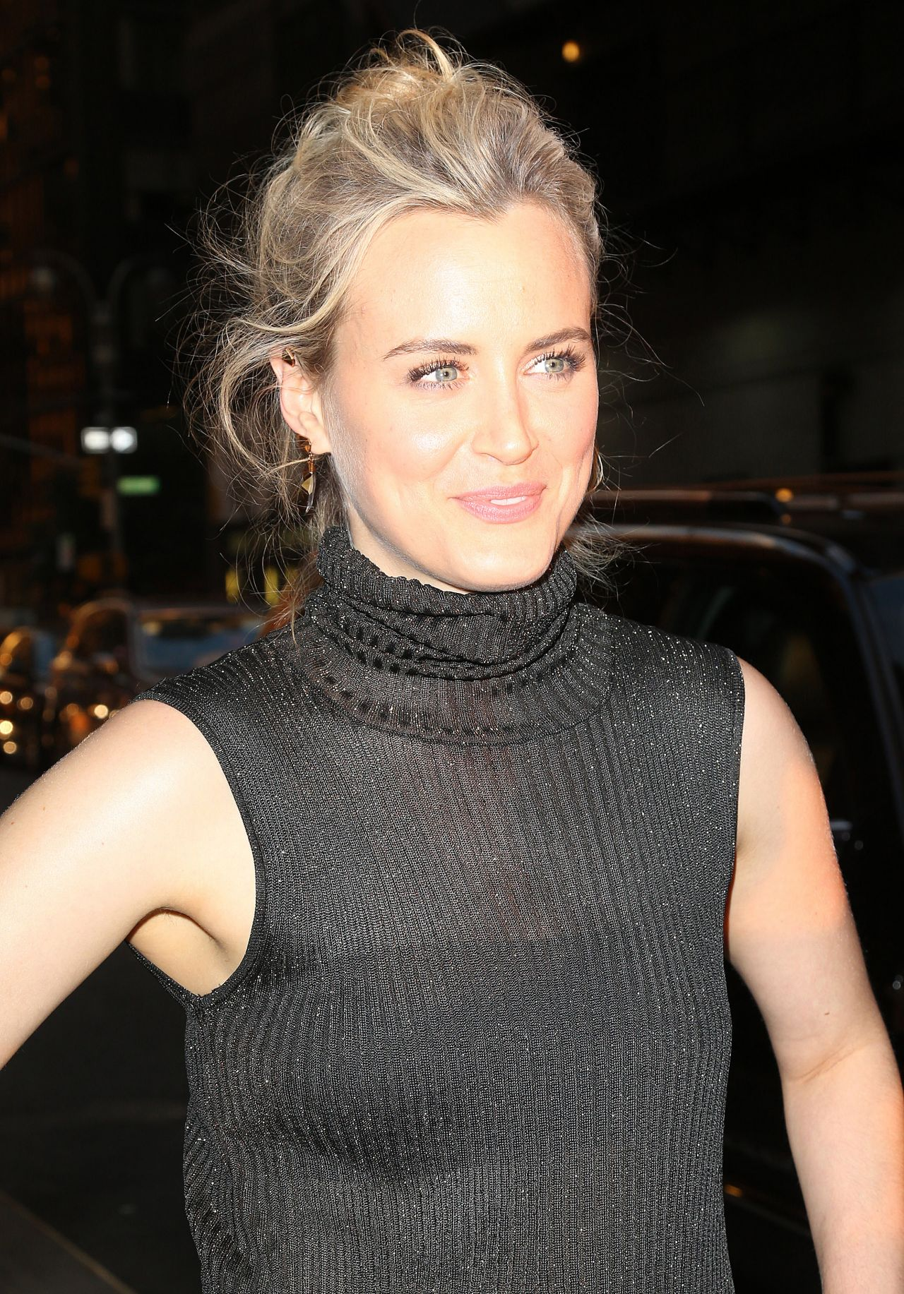 Taylor Schilling At The Ed Sullivan Theater In New York