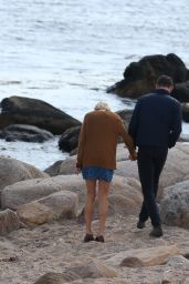 Taylor Swift - Enjoying a Day at a Beach in Rhode Island With Her New Boyfriend Tom Hiddleston, June 2016