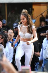 Jennifer Lopez - Performs on The Today Show in Rockefeller Center, NYC 07/11/2016