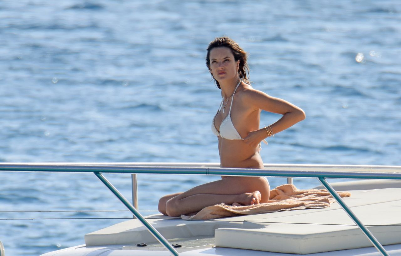 Alessandra Ambrosio Boating While In Ibiza 7 3 2016