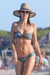 alessandra-ambrosio-shows-off-her-bikini-body-beach-in-ibiza-7-1-2016-1