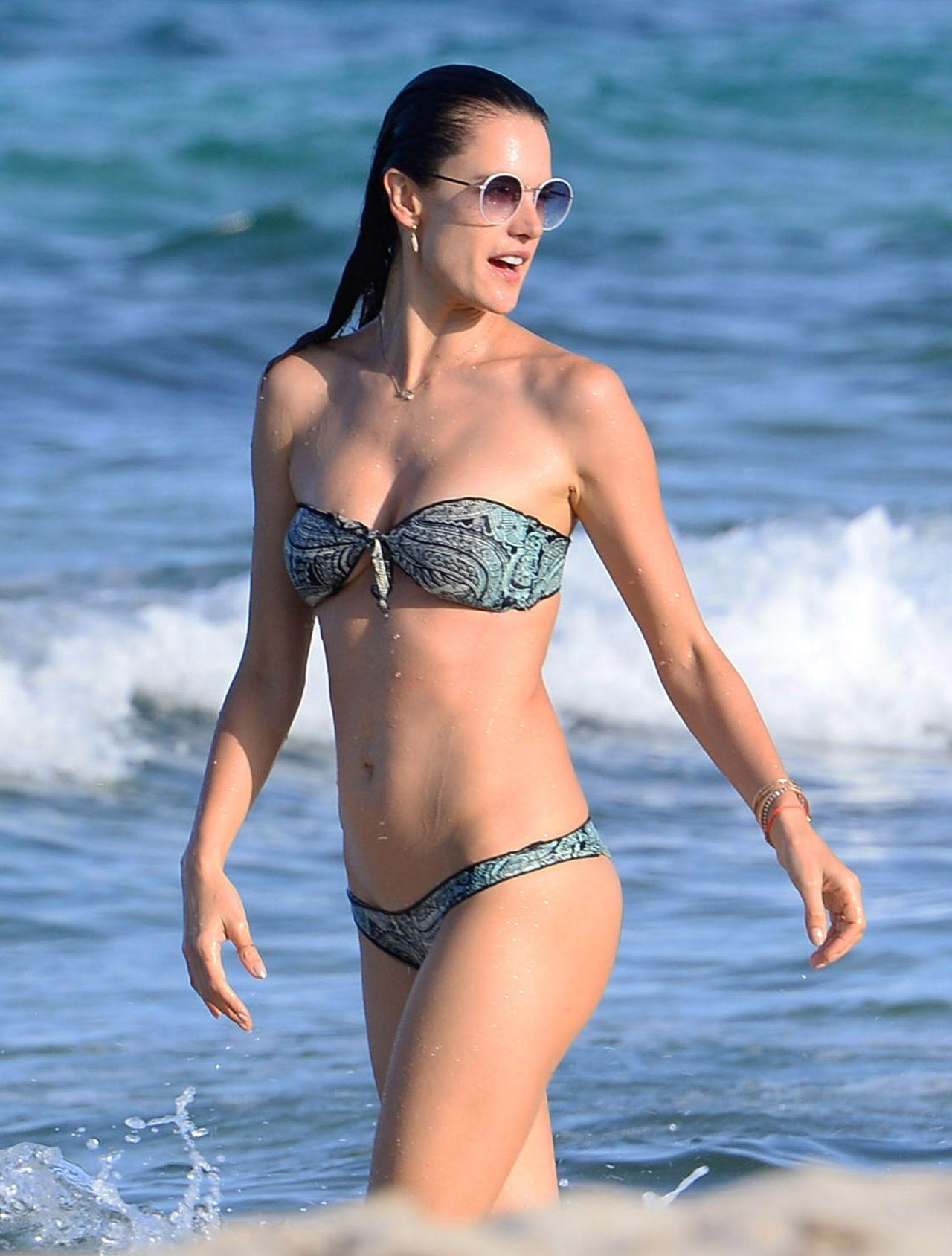 Alessandra Ambrosio Bikini Bodies Pic 28 of 35