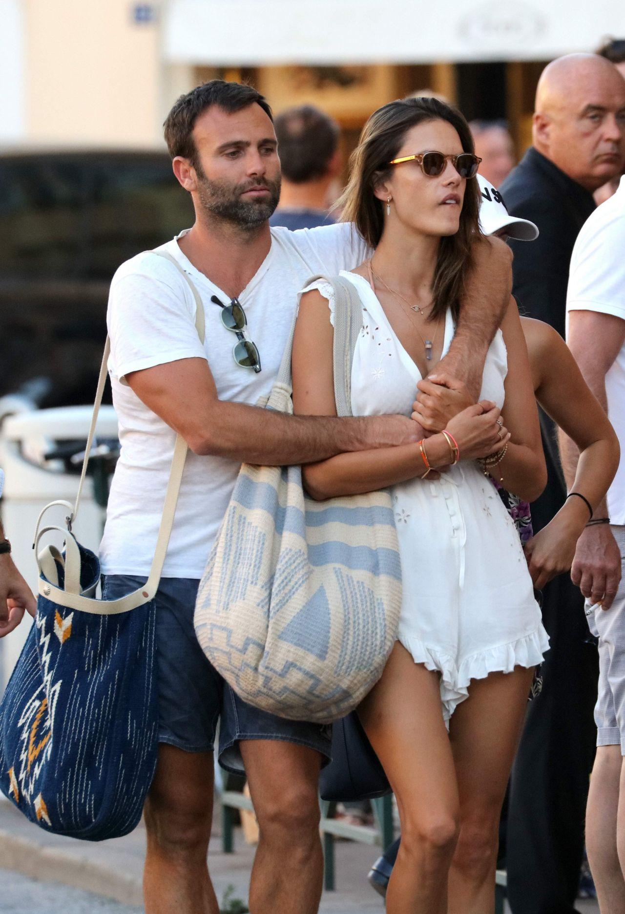 Alessandra Ambrosio Summer Street Style Saint Tropez