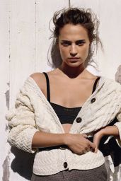 Alicia Vikander - Vogue UK August 2016 Cover and Photos