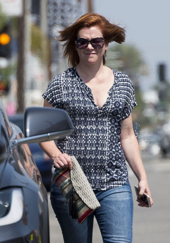 Alyson Hannigan - Out in Los Angeles 7/29/2016