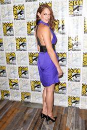 Amanda Righetti -