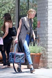 Amber Heard - Out in Los Angeles 7/12/2016