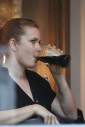 Amy Adams at the Princess of Wales Pub in Primrose Hill, July 2016