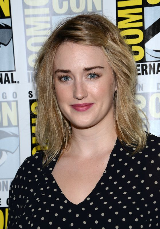 Ashley Johnson – 'Blindspot' Press Line at Comic-Con 2016 in San Diego