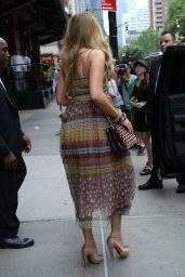 Blake Lively Summer Outfit - NYC 7/13/2016