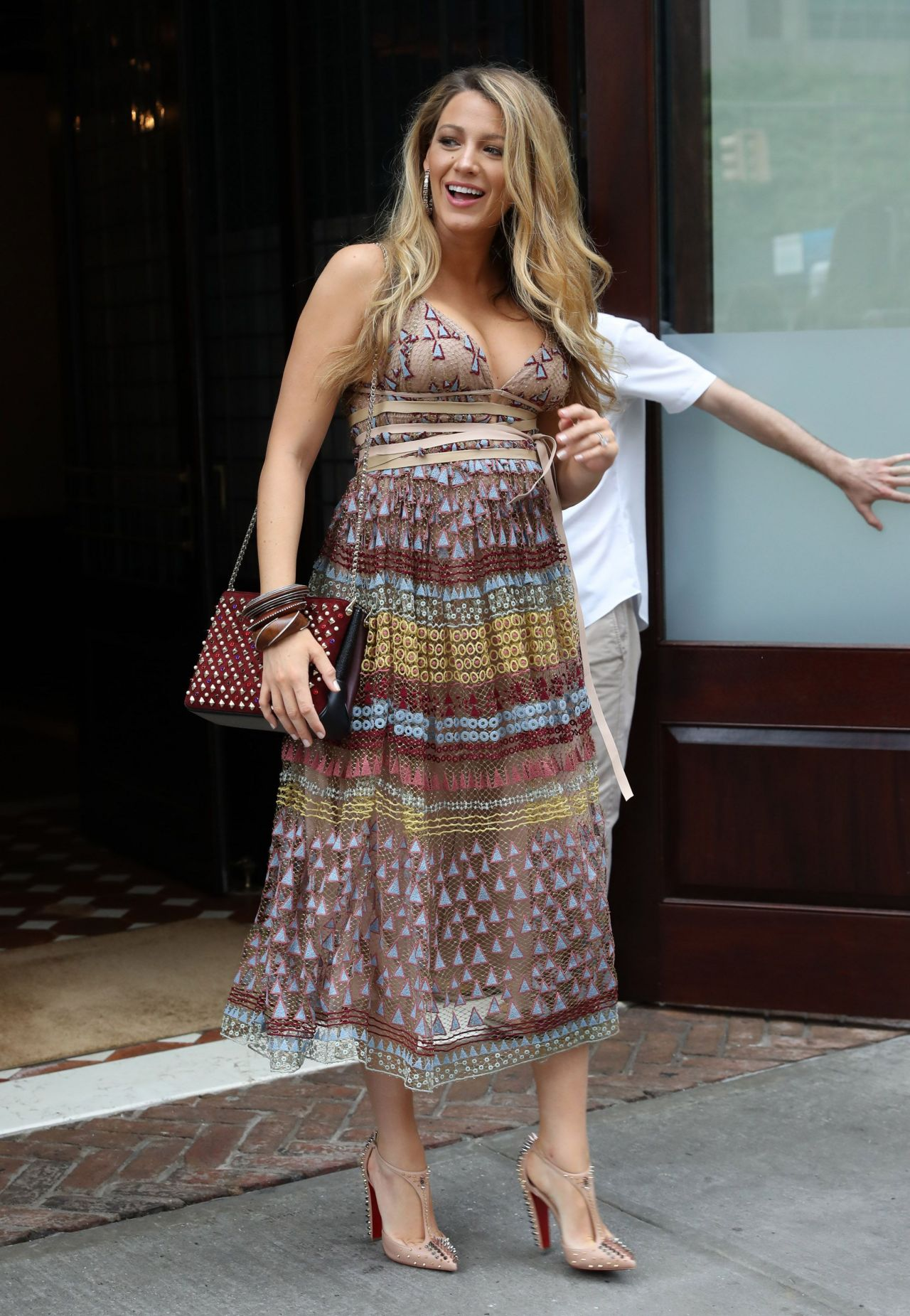 Blake Lively Summer Outfit Nyc 7 13 2016