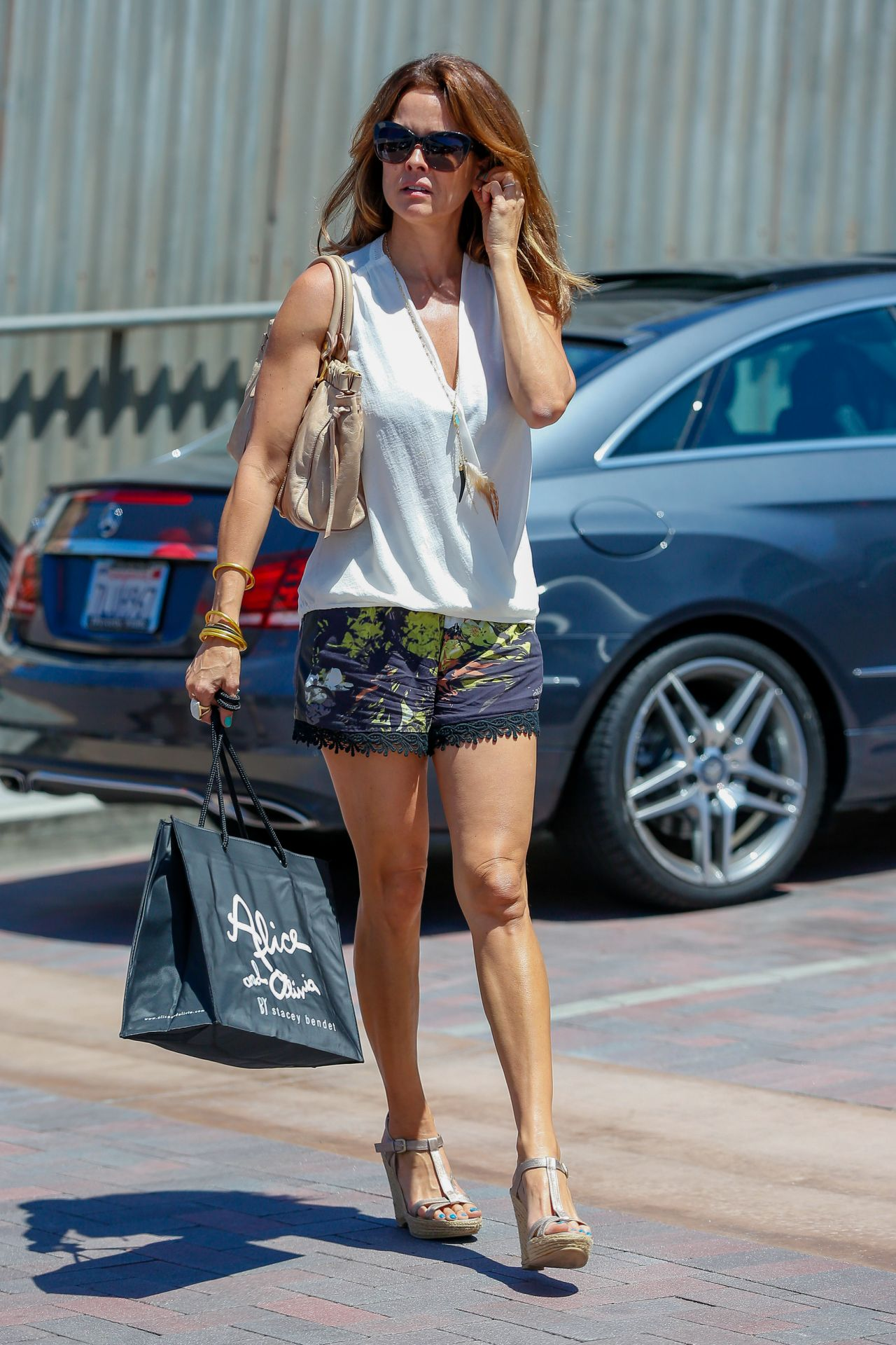 Brooke Burke Leggy In Shorts Shopping In Malibu 7 2 2016