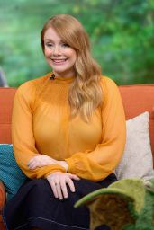 Bryce Dallas Howard - Univision