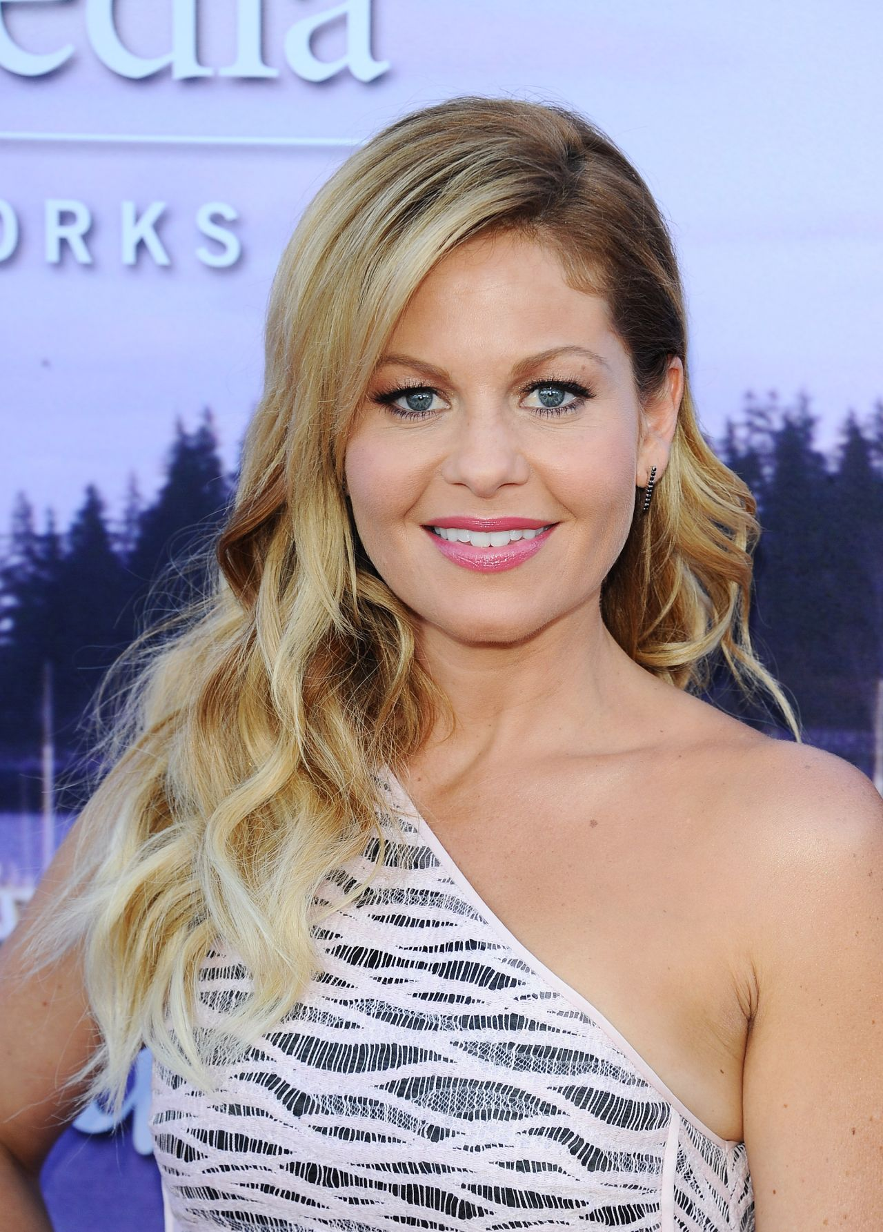 Candace Cameron Bure Hallmark Movies Amp Mysteries Party