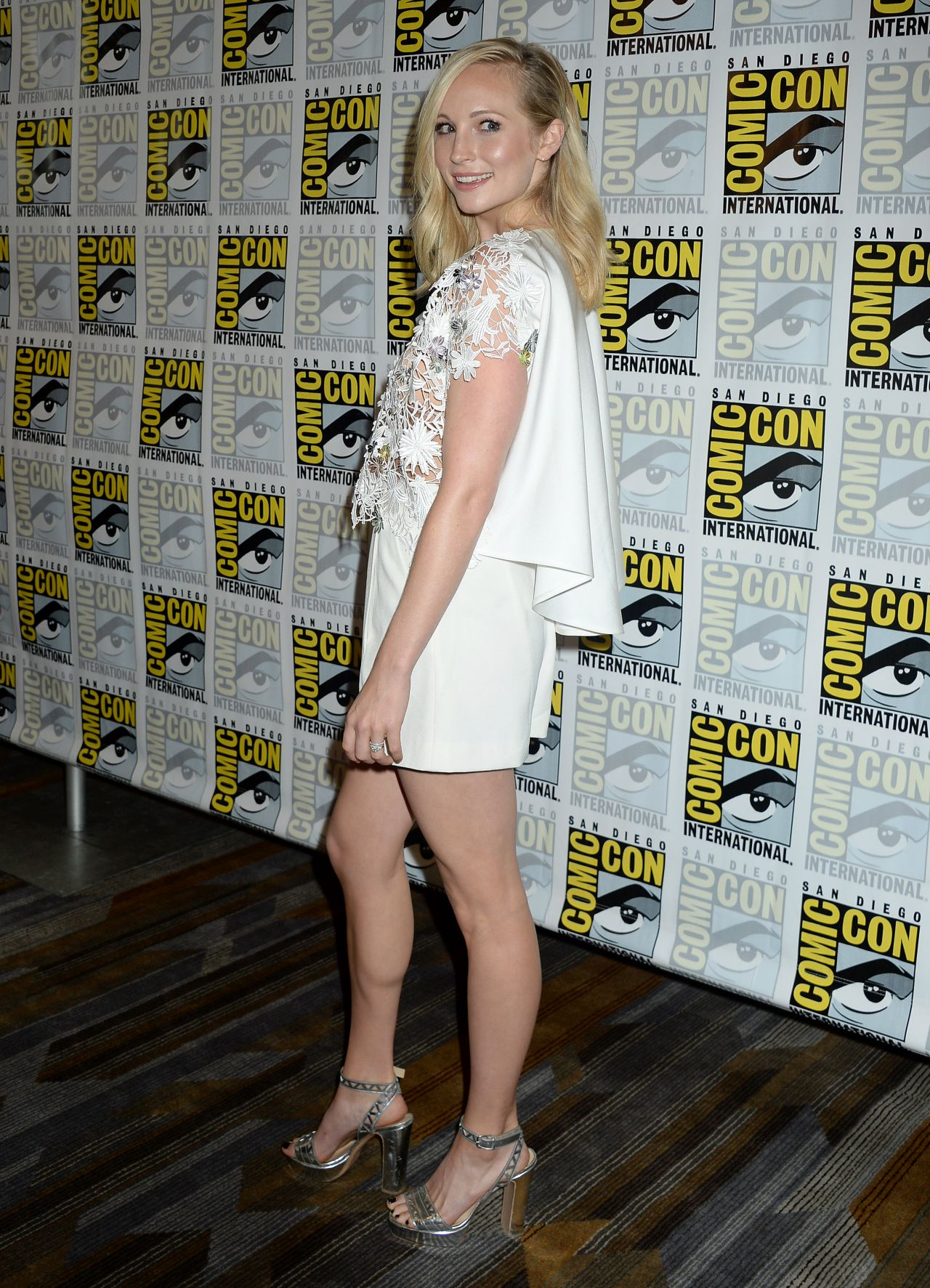 Candice King The Vampire Diaries Press Line At Comic