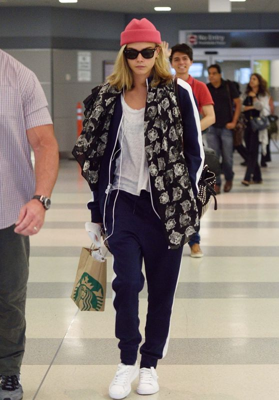 Cara Delevingne Travel Outfit - JFK Airport in NYC 7/28/2016