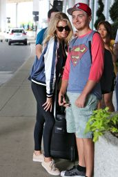 Charlotte McKinney Travel Outfit - Pearson International Airport in Toronto 7/23/2016