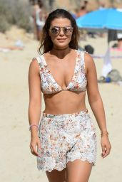 Chloe Lewis – Filming 'The Only Way is Essex' on Magaluf Beach 7/4/2016