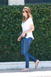 Cindy Crawford - Shopping in Malibu, CA 7/2/2016