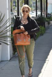 Elizabeth Berkley Street Style - West Hollywood, 07/15/2016
