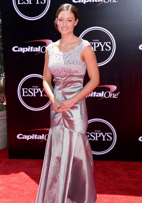 Elizabeth Marks – ESPY Awards 2016 in Los Angeles