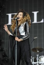 Ella Eyre Performing at British Summertime in Hyde Park in London, July 2016
