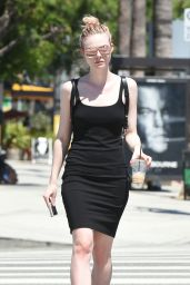 Elle Fanning - Shopping in Studio City, July 2016