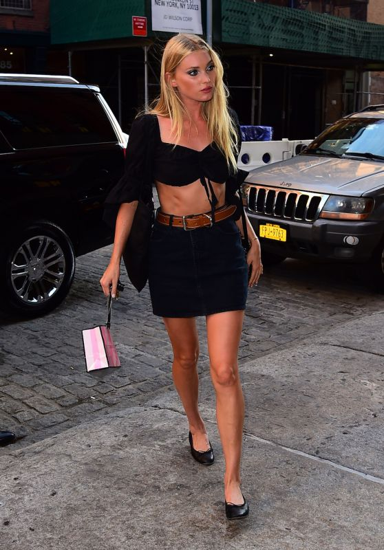 Elsa Hosk Casual Style -  New York City 7/26/2016