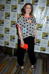 Emily Deschanel -