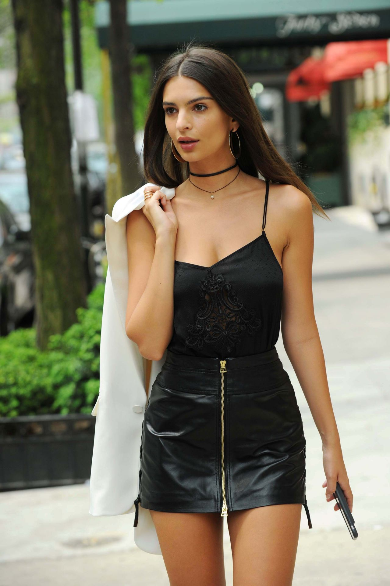 Emily Ratajkowski Chic Street Style – New York City, July 2016