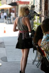 Emma Roberts Cute Street Style - West Hollywood, 07/07/2016