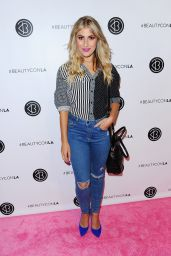 Emma Slater – Beautycon Festival in Los Angeles, July 9 2016