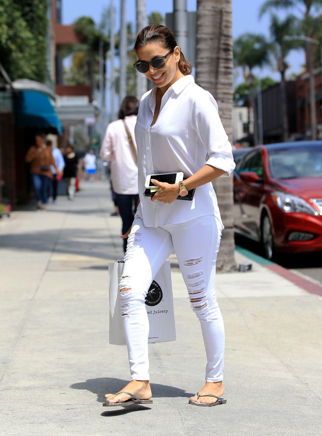 Beliebt Longoria Inspiring Street Style - Shopping in LA 7/6/2016 XU36