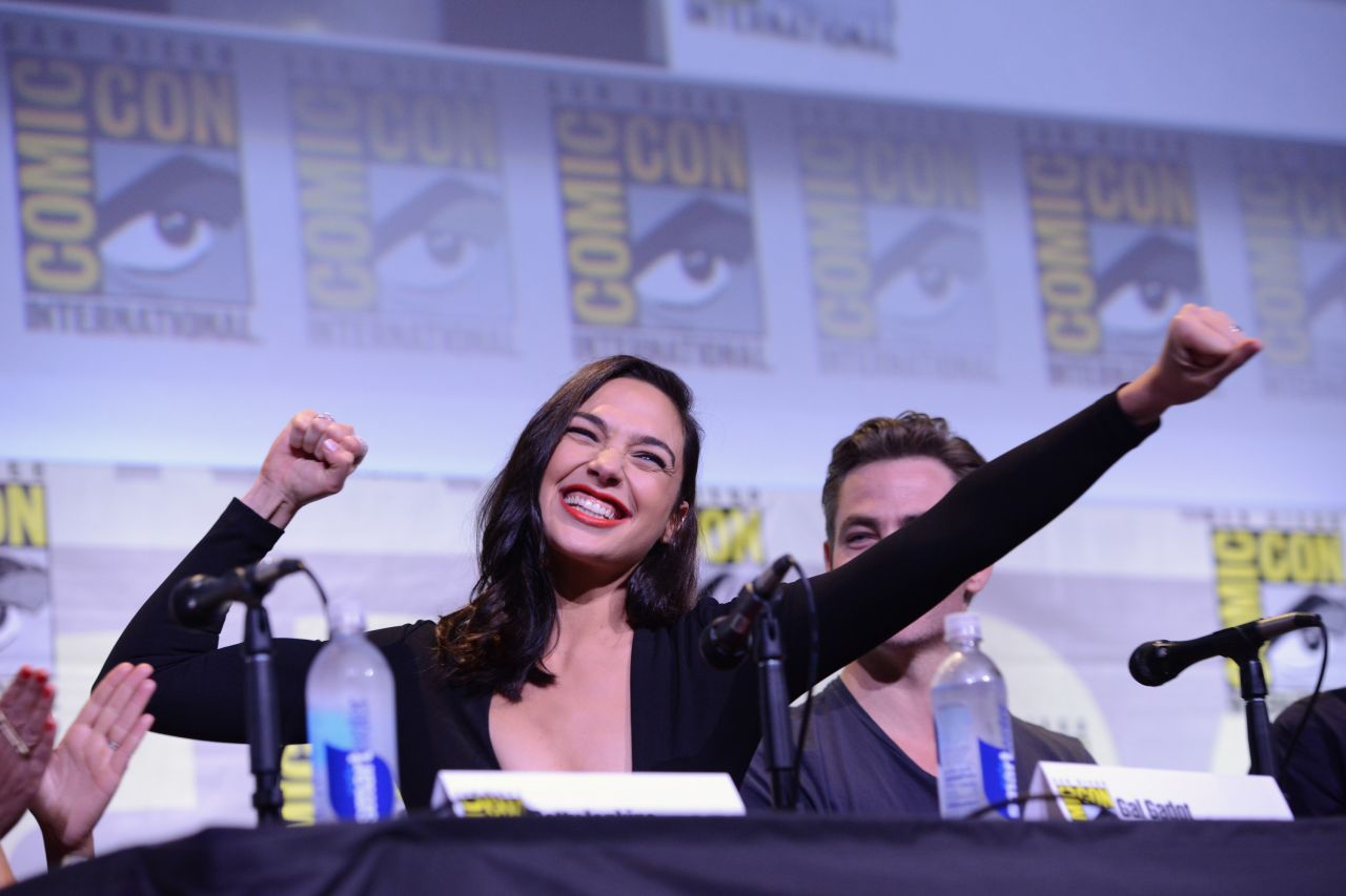 Gal Gadot - 'Justice League' & 'Wonder Woman' Panel at ...