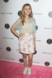 Genevieve Hannelius – Beautycon Festival in Los Angeles, July 9 2016