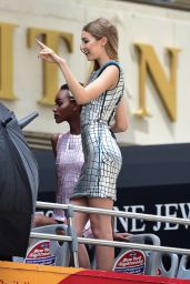 Gigi Hadid - Maybelline Photoshoot Set in New York City 7/18/2016