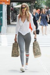 Gigi Hadid With Her Mother -  Going Home After Shopping at Whole Foods in NYC 7/13/2016
