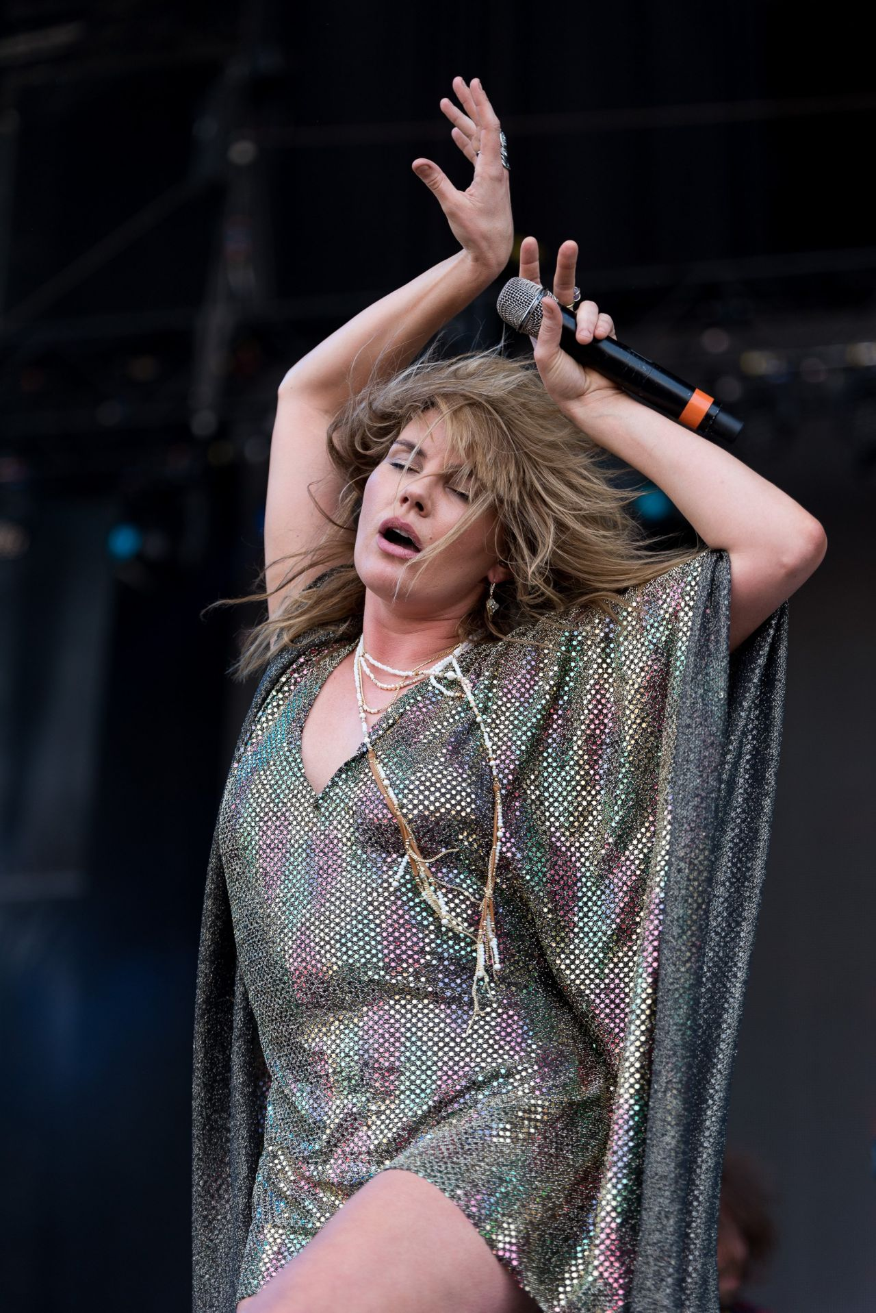 Grace Potter  Performs at 2016 Bonnaroo Music Fest in - Cute Gym Hairstyles
