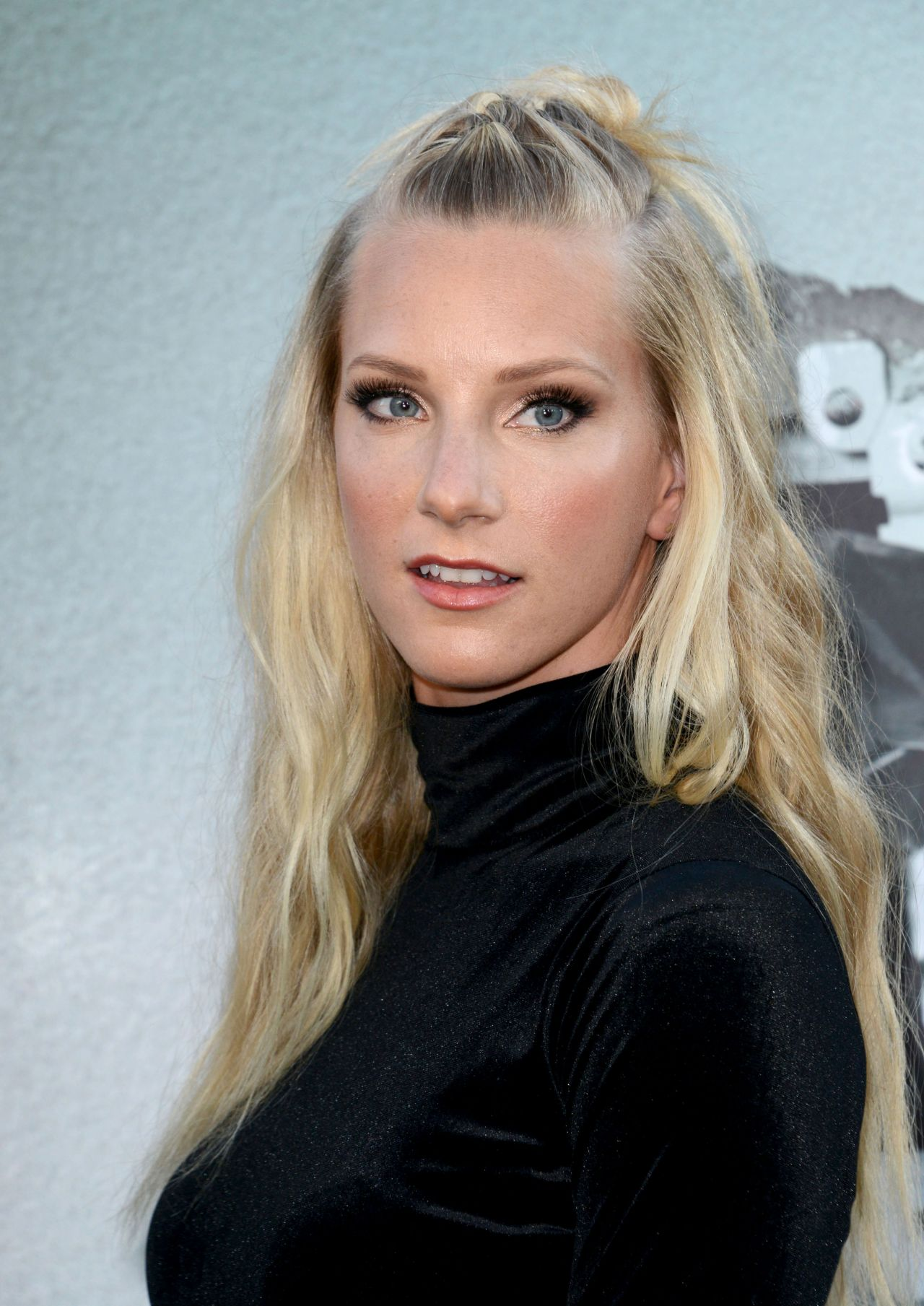 Heather Morris – 'Lights Out' Premiere in Los Angeles, CA ...