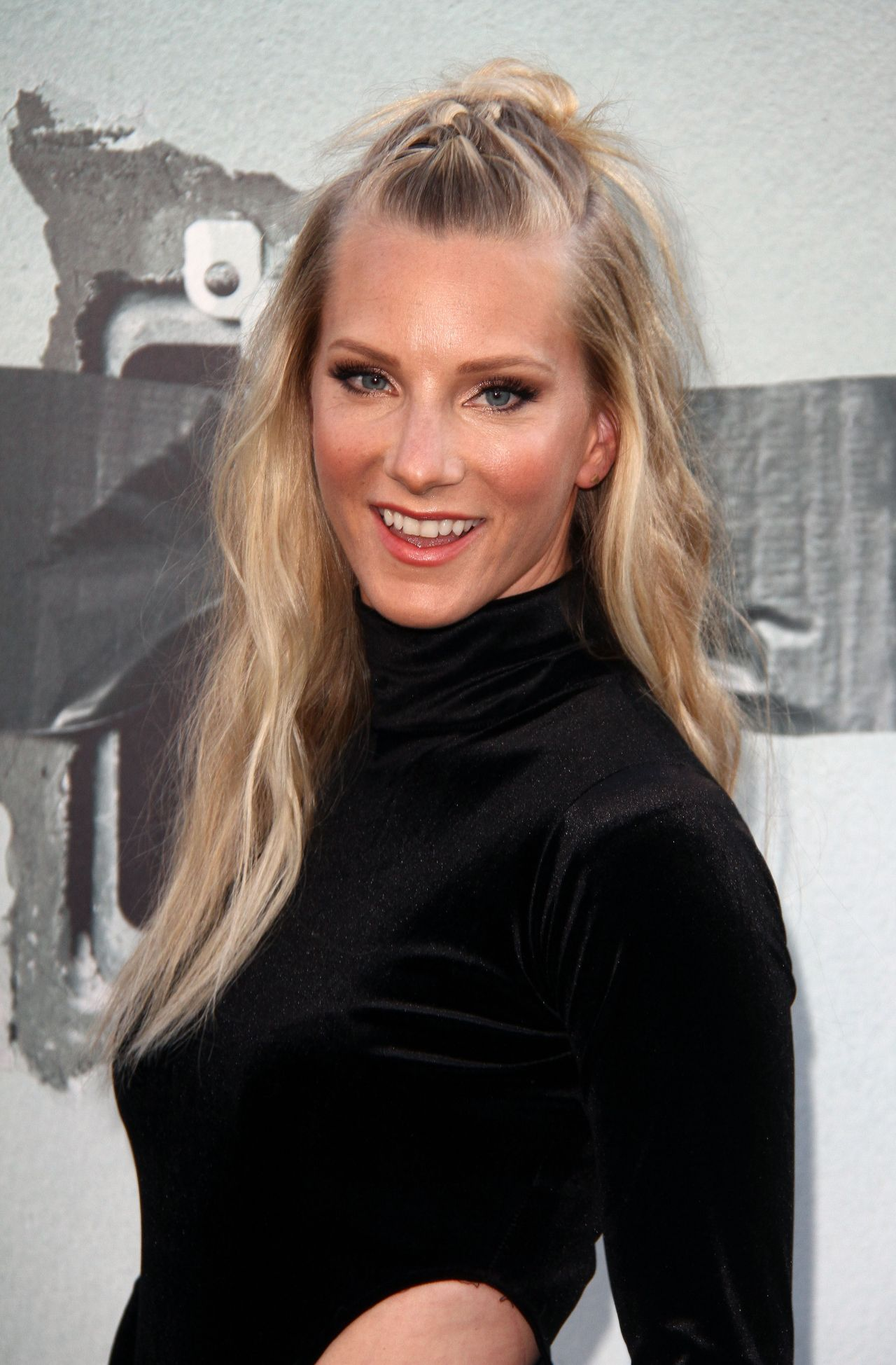 Heather Morris Lights Out Premiere In Los Angeles Ca