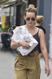 Hilary Duff Street Style - Getting Lunch in NYC 7/14/2016