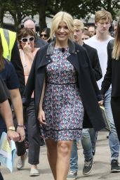 Holly Willoughby - Filming ITV